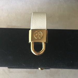 NEW AUTHENTIC TORY BURCH BEIGE 💯 LEATHER BRACELET